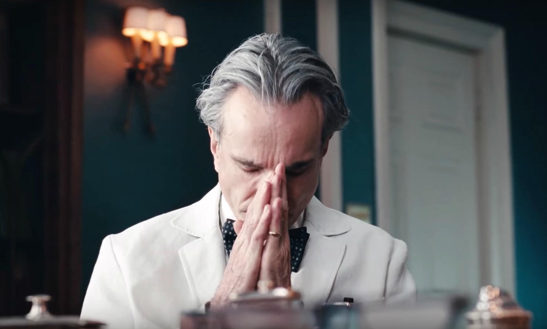 Phantom Thread Review Still 2